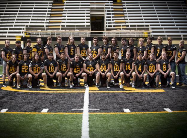 Round Valley Varsity Team Photo